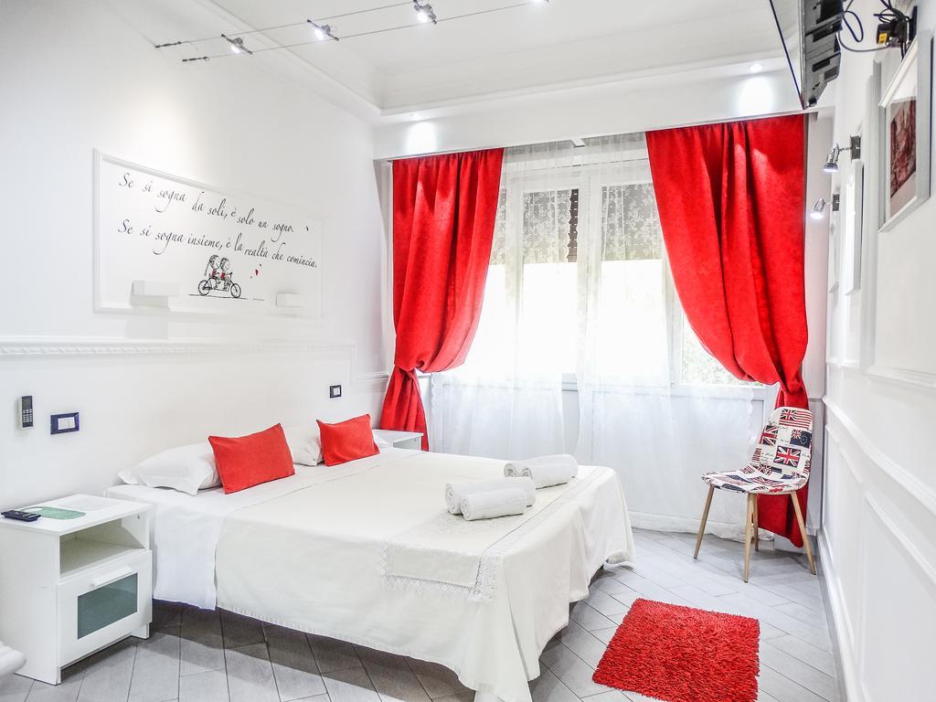 bed and breakfast a piazza barberini le petit bijou